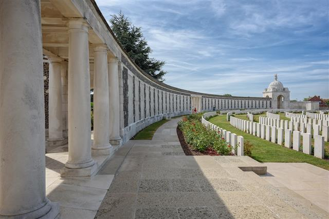 Commemorated on the Tyne Cot Memorial, Belgium. (www.cwgc.org)