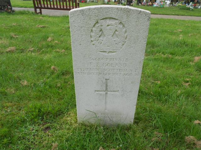 Photo showing Commonwealth War Graves Commission headstone marking the grave of Francis Edward Bowland in Worksop (Retford Road ) Cemetery Photo taken by Peter Gillings