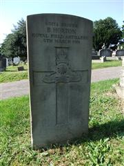 The grave of Driver Horton of the Royal Field Artillery. Photo by Tracy Dodds