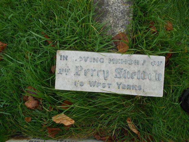 Family headstone commemorating Percy Sheldon in Redhill Cemetery, Arnold 