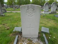 Photo shows the commonwealth war graves headstone marking the grave of William Ellis Jackson in Worksop Retford Road Cemetery, photo taken by Peter Gillings