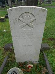 Commonwealth war grave headstone marking the grave of Arthur Hudson at Arnold Redhill Cemetery. Photo taken by Peter Gillings
