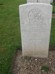 Commonwealth War Graves Commission headstone, marking the grave at Caterpillar valley cemetery, Longueval, Somme, France. Courtesy of Murray