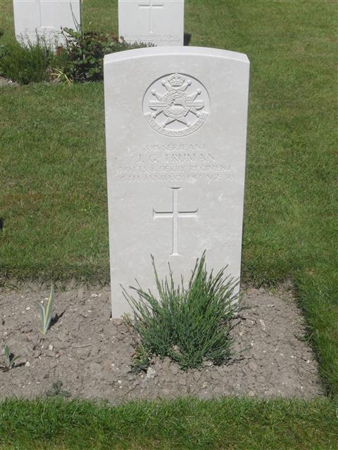 Commonwealth war grave headstone marking his grave at Vermelles British Cemetery, Pas de Calais. 