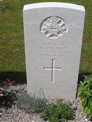 Commonwealth War Graves Commission headstone at Philosophe British Cemetery, Mazingarbe, France.