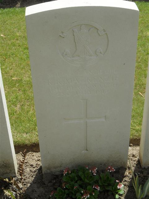 Commonwealth War Graves Commission headstone marking his grave at Vlamertinghe New Military cemetery, Belgium. Courtesy of Murray Biddle
