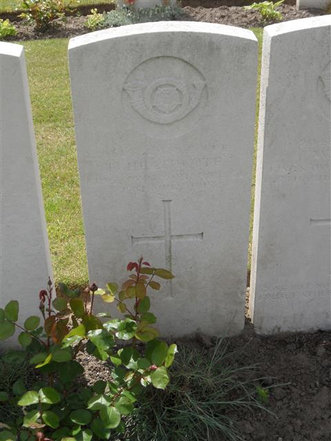 Commonwealth War Graves Commission headstone marking his grave at Voormezeele Enclosure , Belgium. Courtesy of Murray Biddle