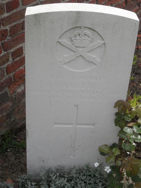 Commonwealth War Graves Commission headstone at Dochy Farm New British Cemetery, Belgium. Courtesy of Murray Biddle