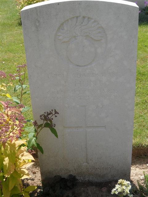 Commonwealth War Graves Commission headstone marking his grave at Serre Road Cemetery No 2 Courtesy of Murray Biddle