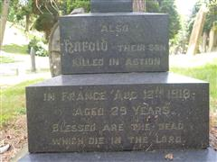 Dedication to Harold on family gravestone, Mansfield (Nottingham Road) Cemetery. Photograph Rachel Farrand (July 2016).