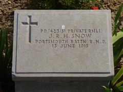 The commonwealth wargraves commission headstone marking the grave of James Snow at Lancashire Landings Cemetery, Cape Helles, Gallipoli, courtesy of Jim Grundy and his facebookpages Small Town Great War Hucknall 1914-1918.