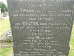 Close up of the inscription on the family headstone of the Fox family commemorating Walter Fox at Arnold (Redhill) cemetery. Courtesy of Peter Gillings -