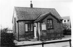 Photograph of the school showing war memorial (date unknown). Courtesy of Nottinghamshire Archives.