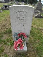 Commonwealth war grave headstone marking the grave of William Bradwell in Huthwaite Cemetery. 