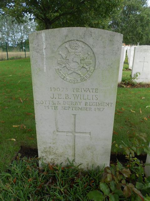 Commonwealth wargrave headstone marking the grave of John Edward Bernard Willis in Hooge Crater Cemetery, Belgium. 