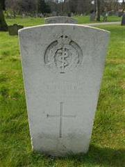 Commonwealth War Graves Commission headstone marking the grave of Frank Punter situated in the General Cemetery, Nottingham. Courtesy of Peter Gillings