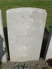 Commonwealth War Graves Commission headstone at Lijssenthoek Military Cemetery, Belgium. Courtesy of Murray Biddle