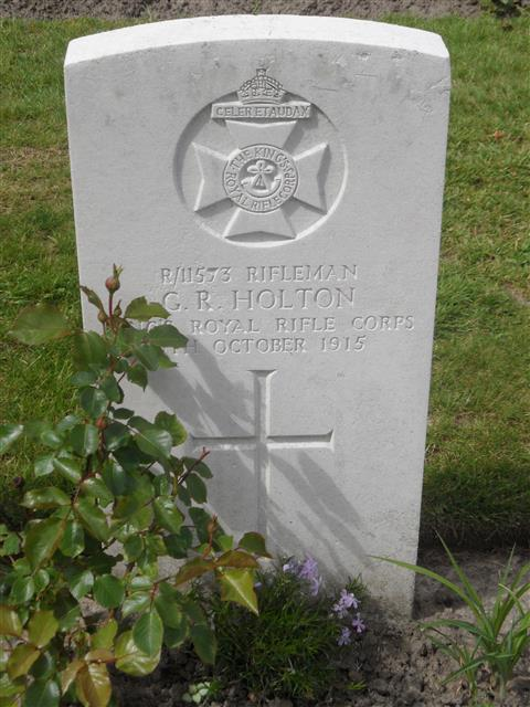 Commonwealth War Grave Commission headstone marking his grave in Poelcapelle British Cemetery, Belgium. Courtesy of Murray Biddle