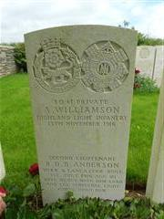 Commonwealth War Graves Commission headstone marking the grave of Reginald Dudley Bawden Anderson at Redan Ridge Cemetery no 2