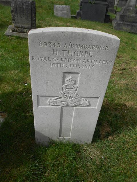 The commonwealth wargraves commission headstone marking the grave of Harry Thorpe in the Nottingham General Cemetery, courtesy of Peter Gillings