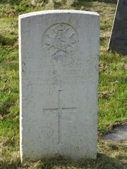 The commonwealth wargraves commission headstone marking the grave of Fred Richardson at the General Cemetery Nottingham is courtesy of Jim Grundy and his facebook pages Small Town Great War Hucknall 1914-1918